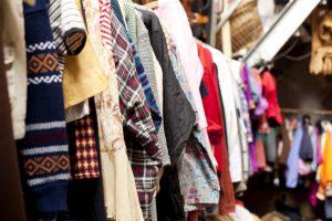 ¿Por qué vender ropa usada para ganar dinero?